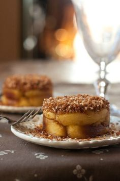 Sucré - Pommes confites au crumble léger amande-cannelle. Ingrédients : 4…