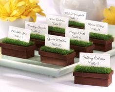'Evergreen' planter place-card or photo holder, Caesars Wedding Favours, Rs 740 (set of 4); Caesarsweddingfavours.co.uk