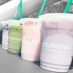 Teavana from Starbucks Yummy Drinks, Yummy Food, Jugo Natural, Tumblr Food, Bubble Tea, Aesthetic Food, Milk Tea, Junk Food, Starbucks