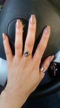 short coffin acrylic nails