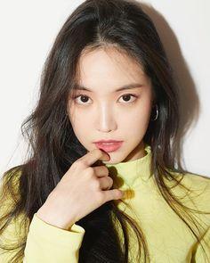 K-Pop Babe Pics – Photos of every single female singer in Korean Pop Music (K-Pop) Most Beautiful Faces, Beautiful Asian Girls, South Korean Girls, Korean Girl Groups, Byun Jungha, Apink Naeun, Son Na Eun, Girl Day, Female Singers