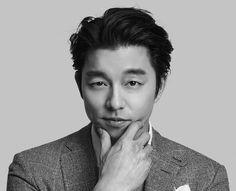 ❤❤ 공유 Gong Yoo ♡♡ Life was its usual and then there's Yoo. Asian Actors, Korean Actors, Train To Busan, Goblin Gong Yoo, Korean Military, Yoo Gong, Kyung Hee, Goong, Coffee Prince