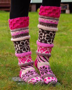 Cable Knitting, Knitting Socks, Knit Socks, Crazy Socks, Leg Warmers, Mittens, Hot Pink, Knitting Patterns, Women Accessories