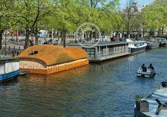 houseboat nessie amsterdam