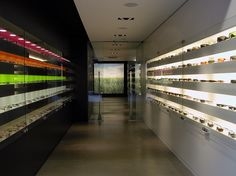 optical glasses interior design - Cerca con Google