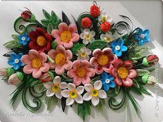 Картина панно рисунок Квиллинг Яркая цветочная композиция Бумажные полосы фото 1