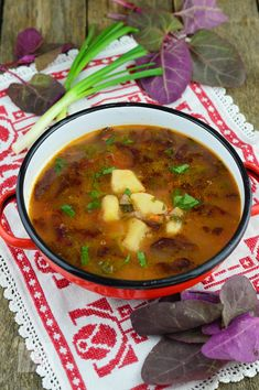 Bors de loboda - CAIETUL CU RETETE Romanian Food, Stevia, Chana Masala, Vegan Recipes, Deserts, Soup, Mexican, Homemade, Traditional