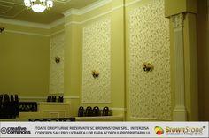 TAPET (6/23) Bathroom Lighting, Mirror, Wallpaper, Interior, Furniture, Design, Home Decor, Bathroom Light Fittings, Bathroom Vanity Lighting
