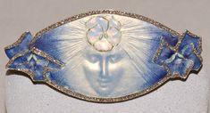Renée Lalique Брошь 'La Pensee' 1900 год Золото, эмаль, алмазы