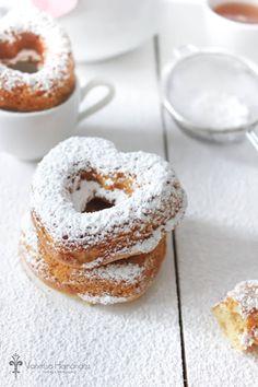 Heart donuts ~ https://translate.google.com/