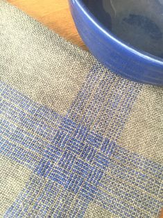 Woven Style for the 15 Inkle Loom, Loom Weaving, Hand Weaving, Fabric Weaving, Tapestry Weaving, Woven Fabric, Cricket Loom, Weaving Projects, Weaving Patterns