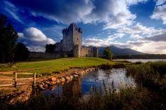 ross-castle-ireland-killarney-1440x900.jpg