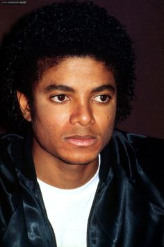 pictures of michael Jackson in the Triumph Tour conference