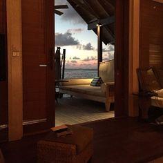 Hi Maldives #maldives #paradise #resort #bungalow #love #travel #travelgram #nature #wild #ocean #indic #beachlife #summer ☀️#bikinilife