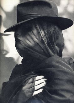 by Hans Feurer for Vogue Italia, June 1976 ~ a veil is at least good for improving one's looks, and for keeping insects away from one's face. Foto Fashion, Dark Fashion, White Fashion, French Fashion, Street Fashion, Viviane Sassen, Portrait Photography, Fashion Photography, Funeral Photography