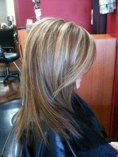 Vpfashion Hair Extensions- See my hair with faux blonde highlights Hair Highlights And Lowlights, Brunette Highlights, Gorgeous Hair, Beautiful, Hair Color And Cut, Great Hair, Hair Today, Hair Dos, Pretty Hairstyles