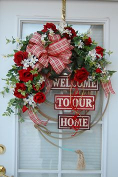 Welcome Wreath by HangingTouches on Etsy