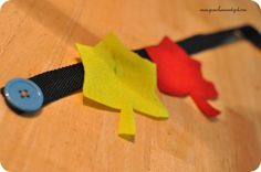Totally Tots: Once Upon a Book ~ Red Leaf, Yellow Leaf Leaf snake