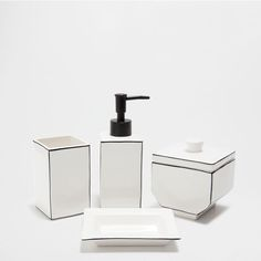 WHITE CERAMIC BATHROOM SET WITH A BLACK OUTLINE