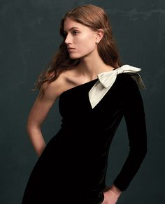 Iconic bow details meet a sumptuous velvet drape in this enchanting Polo Ralph Lauren dress. Dressy Outfits, Kids Outfits, Summer Hats, Holiday Dresses, Vintage Looks, Ralph Lauren, Clothes For Women, Ladies Fashion, Women's Fashion