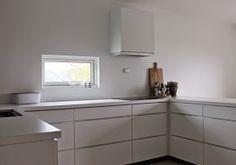 Hagenhuset: Nytt kjøkken Kitchen Cabinets, Home Decor, Decoration Home, Room Decor, Cabinets, Home Interior Design, Dressers, Home Decoration, Kitchen Cupboards