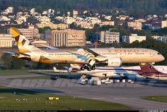 Etihad Airways A6-BLB Boeing 787-9 Dreamliner aircraft picture