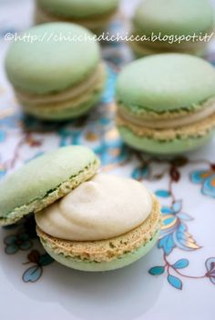 Le chicche di chicca: Macaron al pistacchio Breakfast Cake, Low Carb Breakfast, Macarons, Low Carb Brasil, Muffins, Biscuit Bread, Macaron Recipe, Low Carb Bread, Low Carb Desserts
