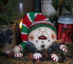"Primitive Patti's Ratties 6"" Fuzzy Snowman Doll Snowflake Frosty Christmas Bear"