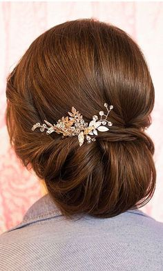 42 Short Wedding Hairstyle Ideas So Good You'd Want To Cut Your Hair ❤ See more: http://www.weddingforward.com/wedding-hairstyle-ideas-for-short-hair/ #weddings #hairstyle