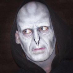 11 harry potter costumes to honor jk rowlings latest story voldemort makeup harry potter solutioingenieria Gallery