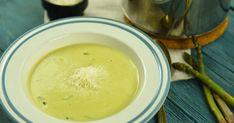 Spárgakrémleves recept képpel. Hozzávalók és az elkészítés részletes leírása. A Spárgakrémleves elkészítési ideje: 30 perc Fondue, Cheese, Ethnic Recipes, Table, Tables, Desk, Tabletop, Desks