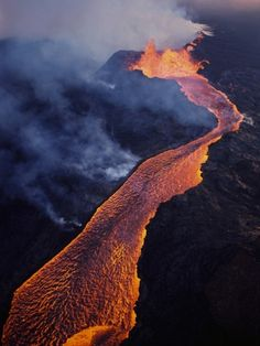 Pu'u O'o Crater Erupting. Hawaii Volcanoes National Park, The Big Island of Hawaii. #volcano #Hawaii
