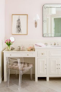 This beautiful neutral family home designed by Kathryn Ivey Interiors. LIVING ROOM KITCHEN BATHROOM VANITY GIRLS BEDROOMBEDROOM READING NOOK DINING ROOM WALK-IN CLOSET