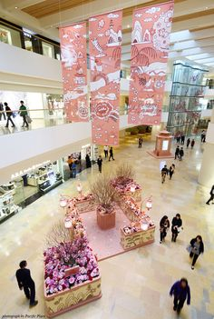 Pacific Place shopping mall in HK 2 ( Lunar New Year decoration, collect onto internet)