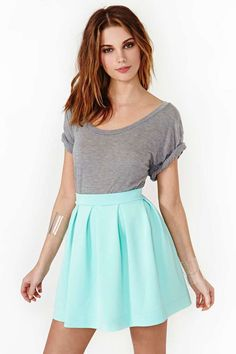 Scuba Skater Skirt - Mint--Love everything about this look minus the see through plastic bracelets.