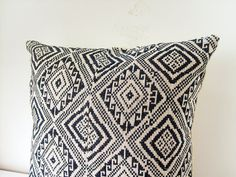 RARE VINTAGE hmong Hand Woven Aztec Textile Ethnic Made A by Tshaj, $110.00