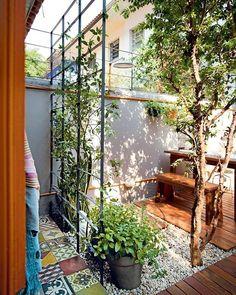 Ide bagus utk rambatan tanaman sekaligus penutup/privasi depan rumah