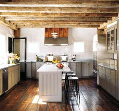 Modern, rustic, barn, wide plank floor and exposed beams Timber Kitchen, Barn Kitchen, Country Kitchen, Kitchen Grey, Kitchen Floors, Kitchen Cabinets, Craftsman Kitchen, Kitchen Modern, Wooden Kitchen