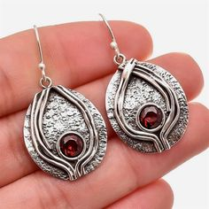 We silver jewelry world have largest collection of pure sterling silver Jewelry. we are sterling silver jewelry manufacturer and exporter from Jaipur Rajasthan. Rajasthan is one of India's richest states having many dynasty, palaces, music, food ,culture. Mixed Metal Jewelry, Metal Clay Jewelry, Unique Earrings, Clay Earrings, Dangle Earrings, Handmade Beaded Jewelry, Handmade Bracelets, Cheap Silver Rings, Ear Jewelry