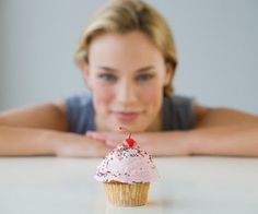 'Don't do it!' - how your inner voice really does aid self-control \ As you stretch for yet another delicious cup cake, the abstemious little voice in your head pleads 'Don't do it!'. Does this self talk really have any effect on your impulse control or is it merely providing a private commentary on your mental life? A new study using a laboratory test of self-control suggests that the inner voice really does help.