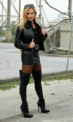 High Leather Boots, High Heel Boots, Thigh High Boots, Heeled Boots, Skirts With Boots, Skirt Boots, Leather Dresses, Sexy Boots, Girls Wear