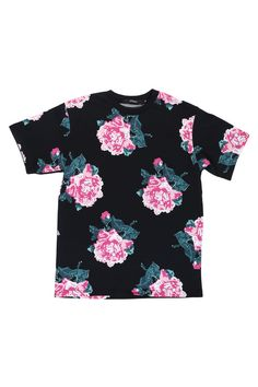 About to get this from JOYRICH online store!   8BIT FLORAL TEE / BLACK #joyrich