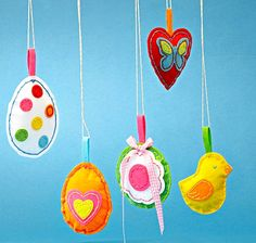 Wielkanoc, dekoracje, stroiki wielkanocne, zawieszki