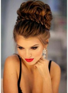 High bride hairstyle http://ladieshighheelshoes.blogspot.com/