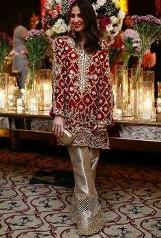 Beautiful Sherbano Taseer wearing at a mehndi lastnight‼️😍🔝✨ Nikkah Dress, Shadi Dresses, Pakistani Formal Dresses, Pakistani Wedding Outfits, Indian Dresses, Indian Outfits, Wedding Dresses For Girls, Party Wear Dresses, Party Outfits