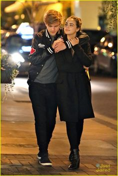 bailee madison alex lange bday dinner date 02