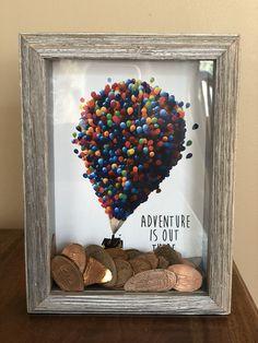 Smashed pennies shadow box-up movie inspired creative! Disney Diy, Casa Disney, Disney Home, Disney Crafts, Cute Crafts, Diy And Crafts, Crafts For Kids, Arts And Crafts, Smashed Pennies
