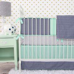 Uma tendência é usar essa cor no enxoval do berço do bebê, olhe só que lindos: