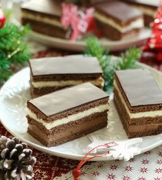 Izu, Christmas And New Year, Vanilla Cake, Cake Recipes, Rolls, Cooking Recipes, Desserts, Food, Tailgate Desserts