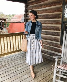 Best Ideas For Skirt Midi Casual Denim Jackets Mode Outfits, Fall Outfits, Fashion Outfits, Casual Church Outfits, Skirt Fashion, Church Outfit Summer, Modest Casual Outfits, Sunday Outfits, Midi Skirt Casual